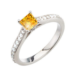 Stunning Princess Cut Engagement 18K White Gold Ring with Orange-Yellow Diamond