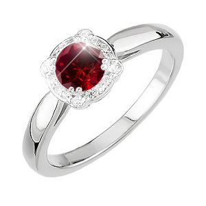 Elegant Halo Engagement 18K Yellow Gold Ring with Fancy Deep Red Diamond